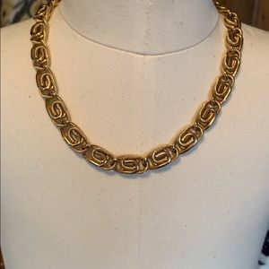 Vintage Sarah Coventry necklace (copyrighted tag)